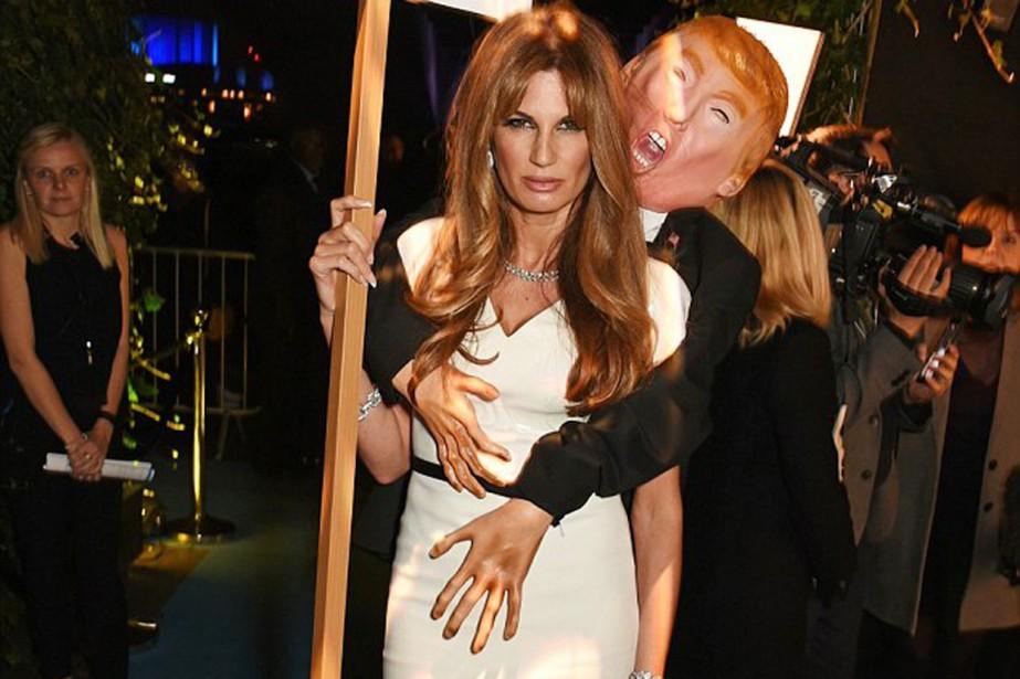 Jemmina Khan déguisée en couple Melania et Donald... (Photo Dave Benett, Getty Images/the Daily Mail)