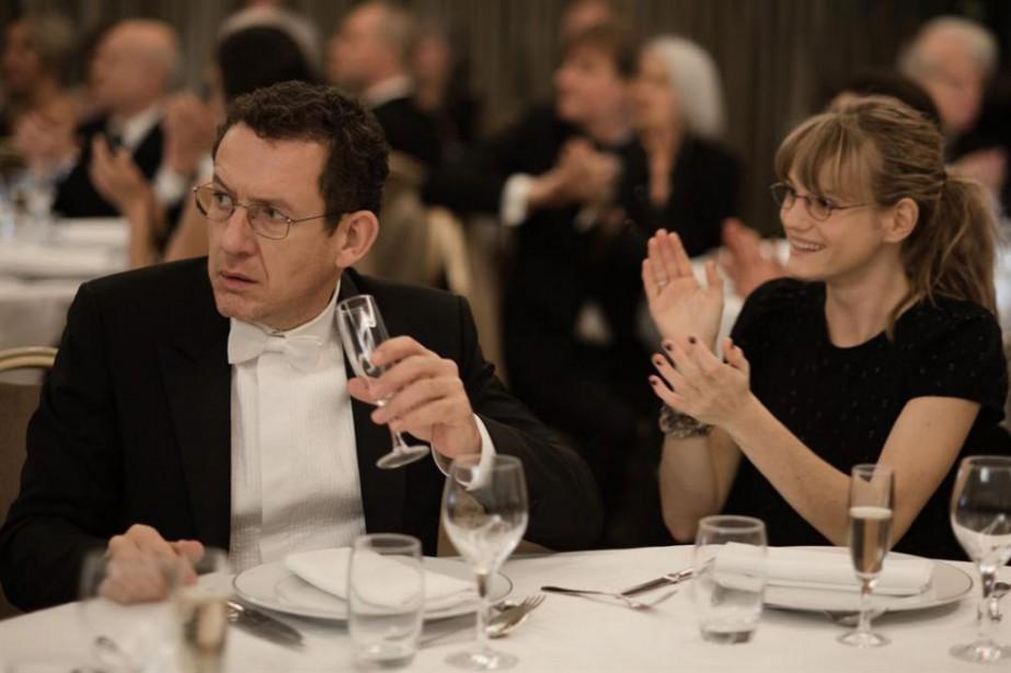 Dany Boon et Noémie Schmidt dans Radin! deFred... (Photofournie par AZ Films)