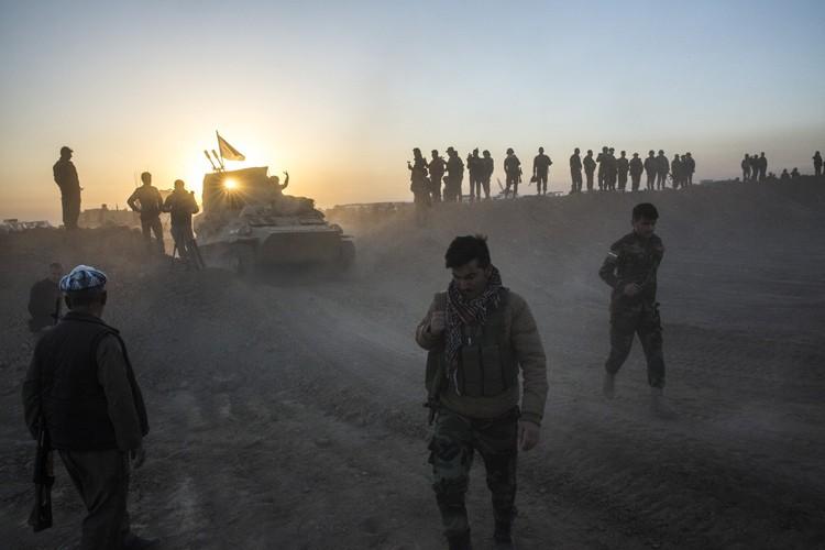 Les quelque 30 000 forces fédérales irakiennes vont... (PHOTO ARCHIVES AP)