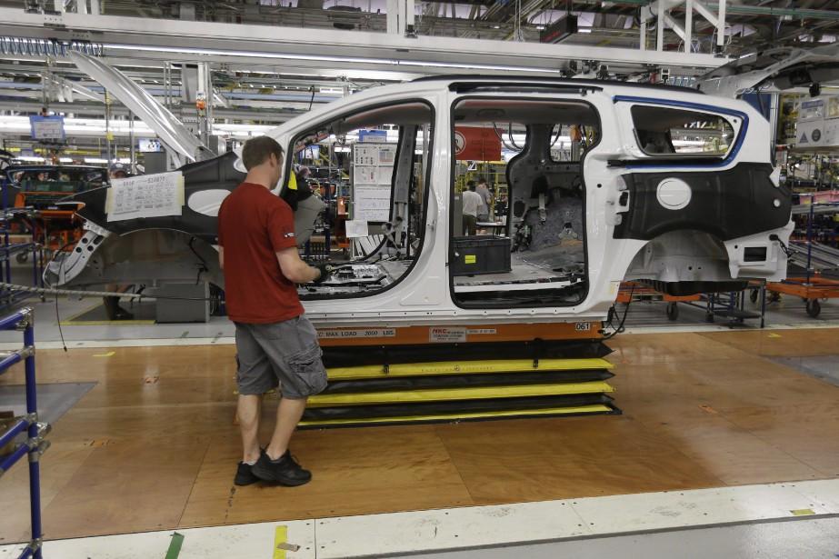 Les ventes des fabricants canadiens ont... (PHOTO ARCHIVES LA PRESSE CANADIENNE)