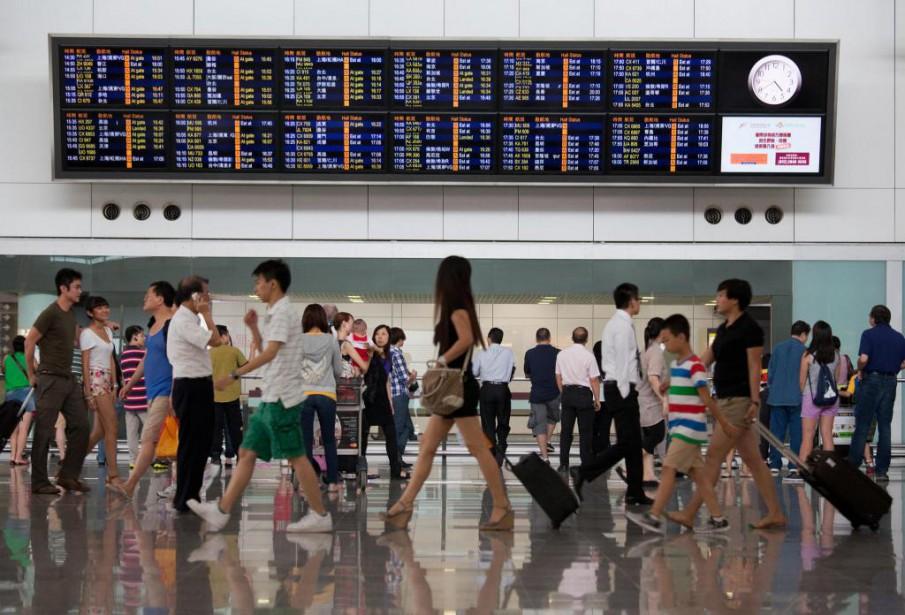 Un aéroport de Hong Kong... (PHOTO ARCHIVES BLOOMBERG)