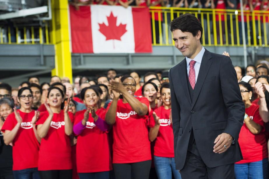 La réponse sans équivoque de Justin Trudeau contrastait... (Photo Nathan Denette, La Presse canadienne)