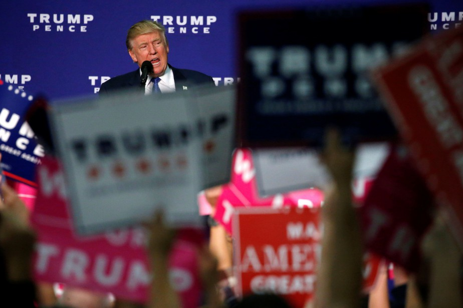 Donald Trump a tenu vendrediun rassemblement à Fletcher,... (Photo Jonathan Ernst, REUTERS)