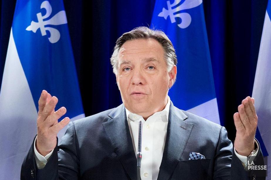 «Je suis fier d'être Canadien, a dit M.Legault... (PHOTO ROBERT SKINNER, Archives LA PRESSE)