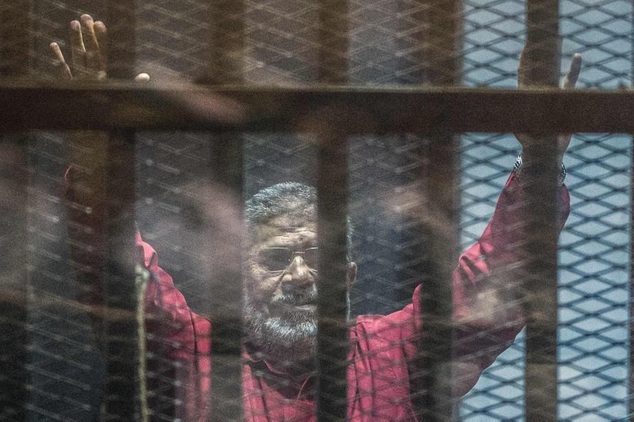 Mohamed Morsi... (PHOTO KHALED DESOUKI, ARCHIVES AGENCE FRANCE-PRESSE)