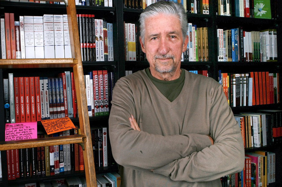 Tom Hayden était l'un des «Chicago7» condamnés pour... (photo archives AFP)