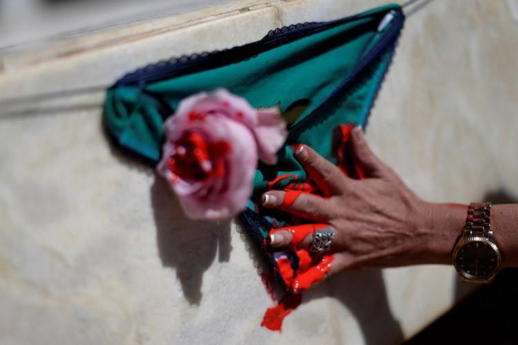 De nombreuses manifestations dénonçant la violence envers les... (ARCHIVES REUTERS)