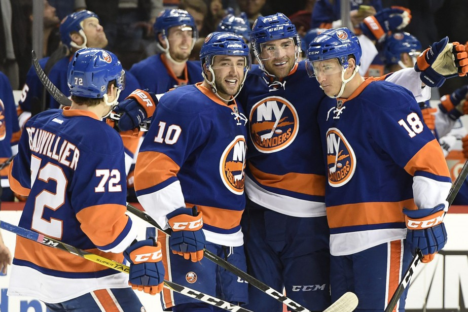 Anthony Beauvillier (72), Alan Quine (10), Johnny Boychuk... (Photo Kathy Kmonicek, AP)
