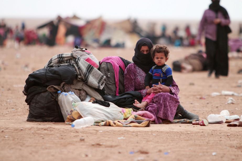 Des familles qui ont fui les violences de... (photo Rodi Said, REUTERS)