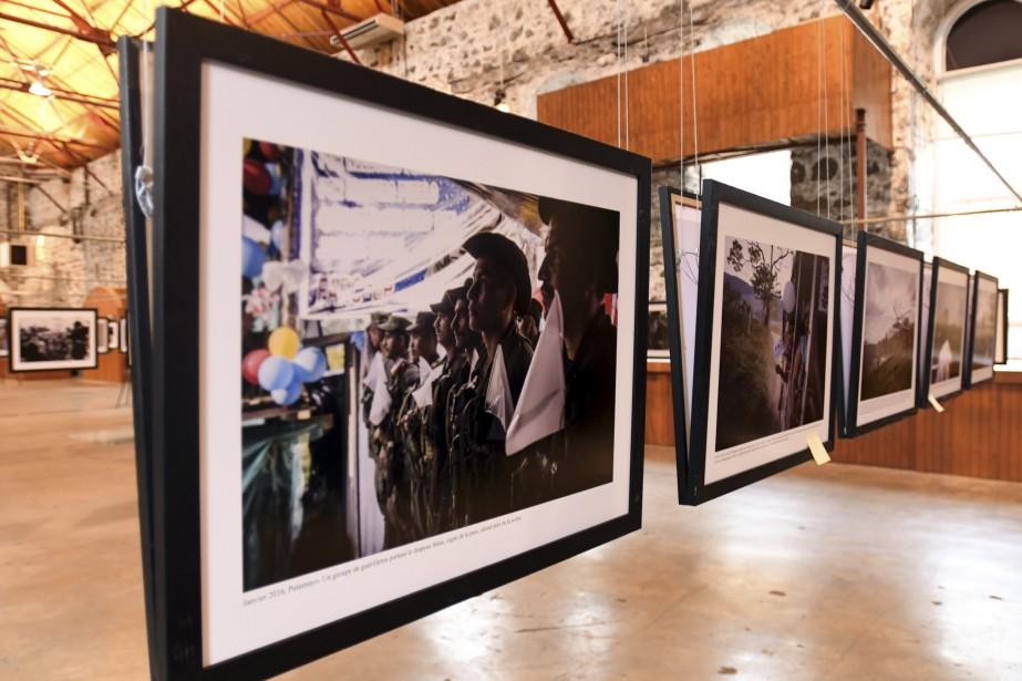 L'exposition de la photographe colombienne Nadège Mazars est présentée au Zoom Photo Festival. (Photo Le Quotidien, Michel Tremblay)