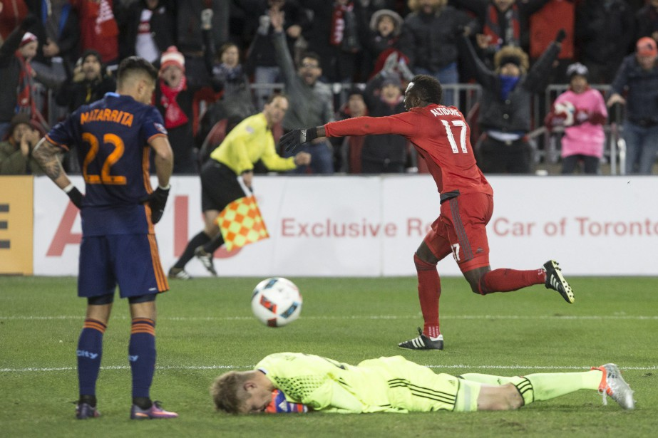 Jozy Altidore a marqué un but décisif.... (Photo La Presse Canadienne)