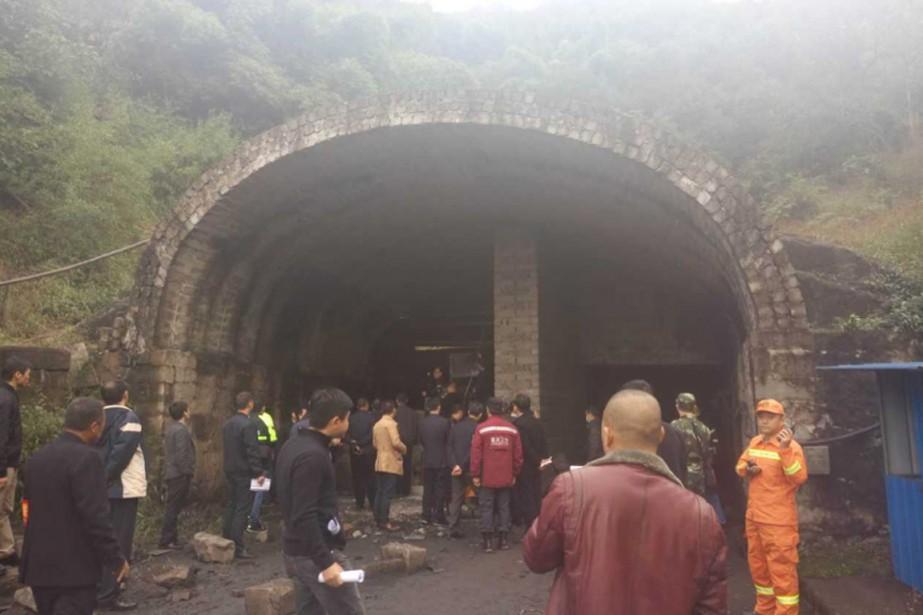 Quinze mineurs ont trouvé la mort et 18 autres sont... (PHOTO TIRÉE DE TWITTER)