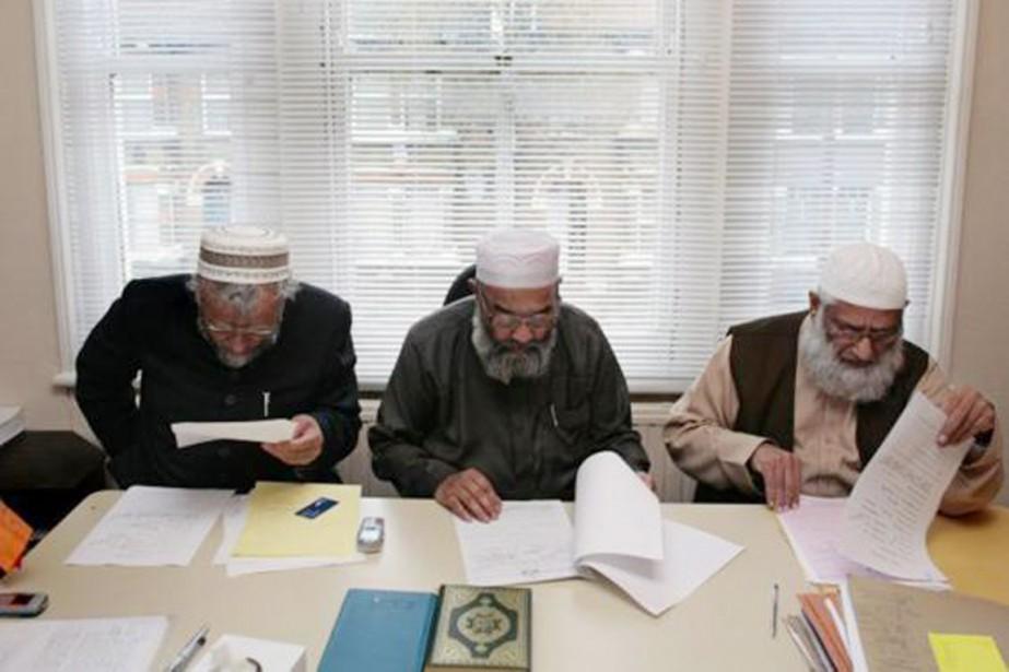 Environ une trentaine de ces «sharia courts», des... (photo independent)