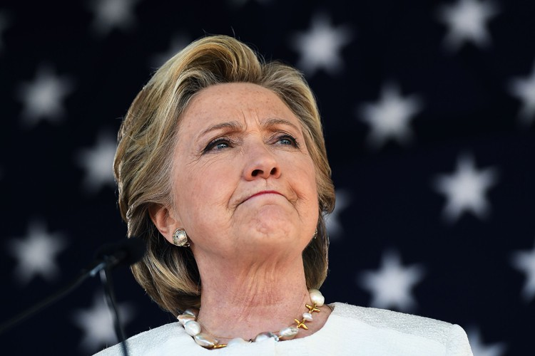 Hillary Clinton se trouvait mardi àDade City, en... (PHOTO AFP)