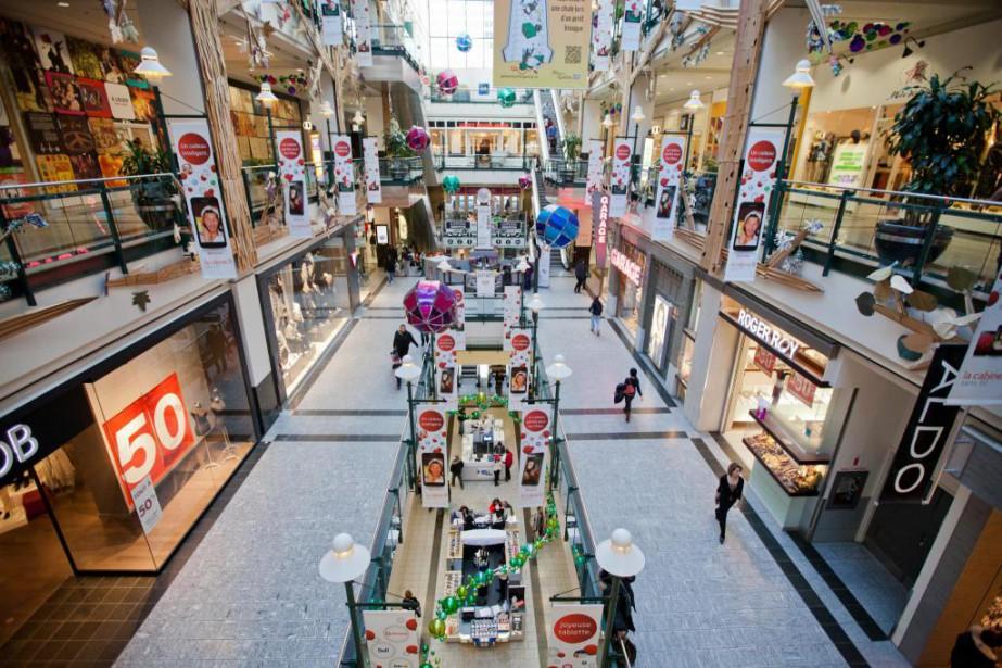 Le centre commercial avec mail demeure le lieu... (PHOTO EDOUARD PLANTE-FRÉCHETTE, ARCHIVES LA PRESSE)