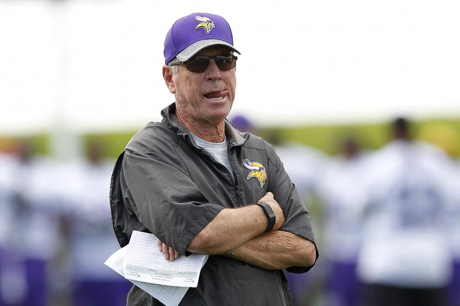 Le coordonnateur à l'attaque des Vikings du Minnesota,... (Photo Andy Clayton-King, AP)