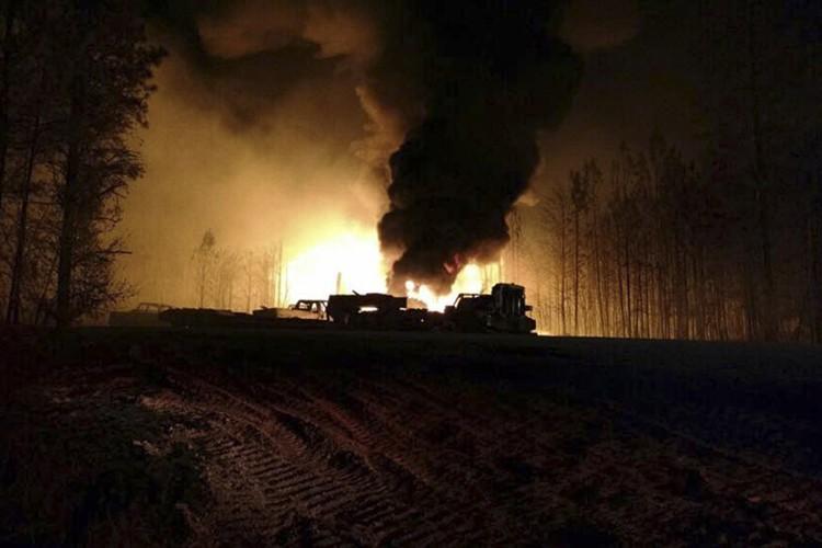 Colonial Pipeline, qui souhaite laisser l'incendie s'éteindre par... (PHOTO REUTERS)