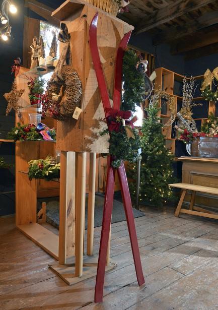 Le rouge reste toujours un classique dans les décors de Noël. (Le Soleil, Patrice Laroche)