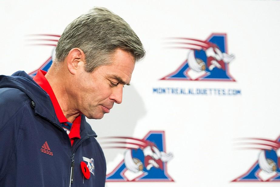 L'entraîneur-chef par intérim des Alouettesn'a toujours pas reçu... (PHOTO GRAHAM HUGHES, PC)