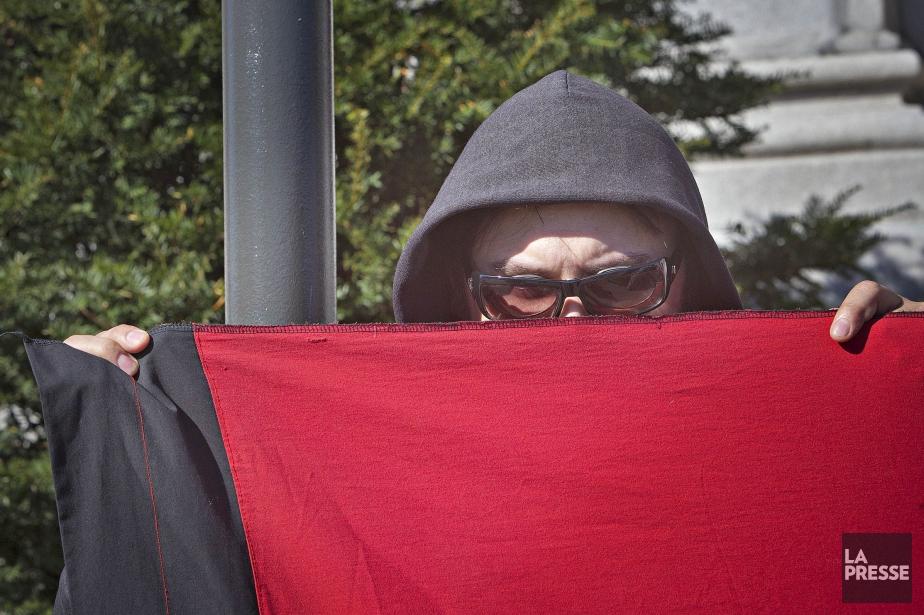 Un sympathisant de la CLAC au cours d'une... (Photo Patrick Sanfaçon, archives La Presse)
