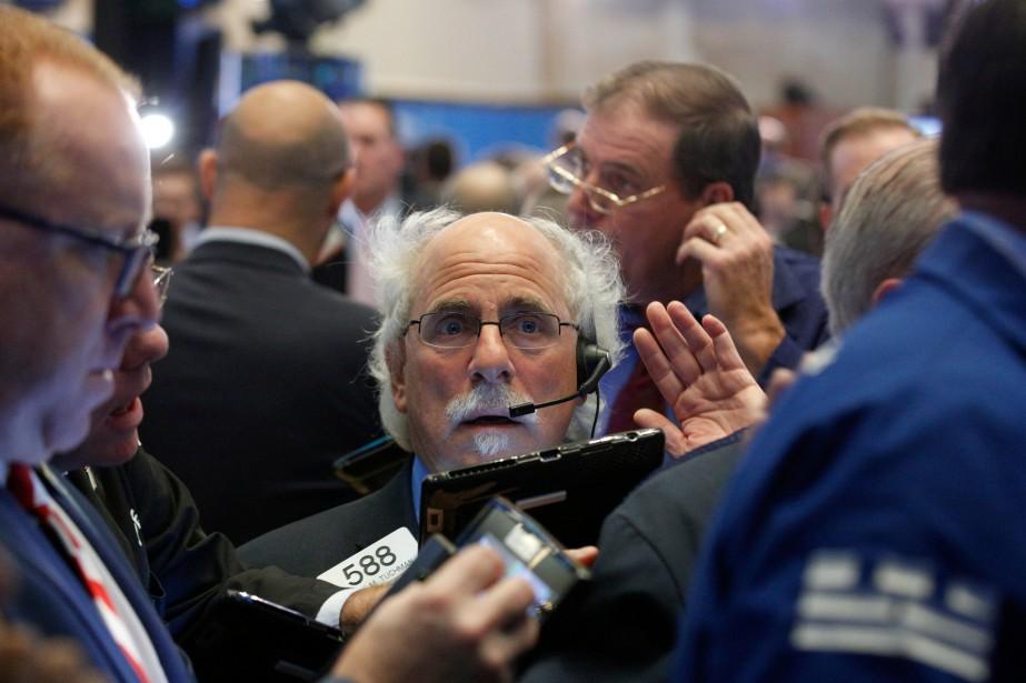 À l'ouverture, Wall Street n'a guère flanché, les... (REUTERS)