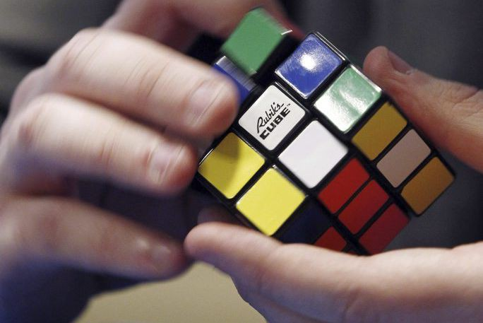 Le cube Rubik... (PHOTO THOMAS SAMSON, AFP)
