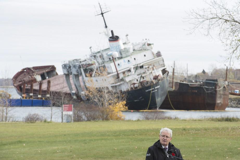 Le ministre des Transports, Marc Garneau, a dit... (PHOTO Graham Hughes, LA PRESSE CANADIENNE)