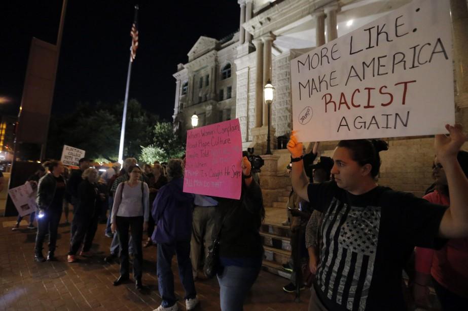 Des manifestations hostiles au président désigné ont éclatés... (Photo AP)