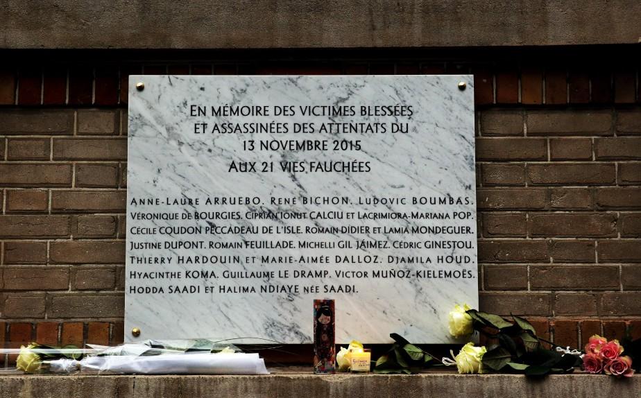 Une des plaques commémoratives (AP, Christophe Ena)