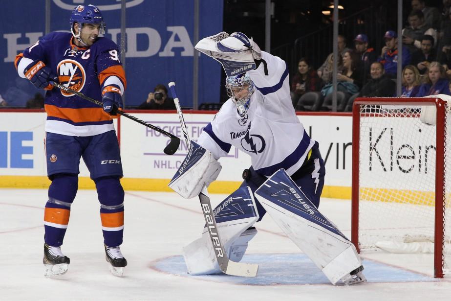 Le gardien du Lightning Andrei Vasilevskiy effectue un... (Photo Vincent Carchietta, USA Today Sports)