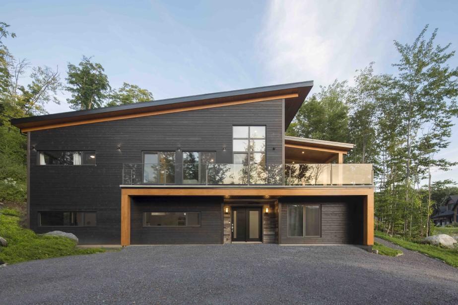 Le Nobilis de la catégorie Habitation neuve unifamiliale (275 000 $ à 325000 $) a été remis à l'entreprise Rémillard Construction. (Fournie par l'APCHQ)