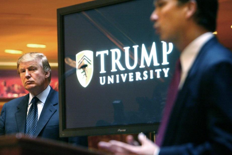 Donald Trump en 2005 lors d'une conférence présentant... (Photo AP)
