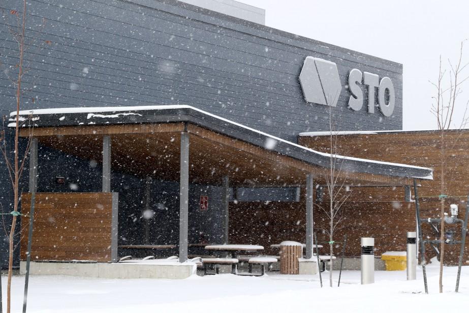 Vue extérieur du nouveau centre de la STO. (Patrick Woodbury, Le Droit)