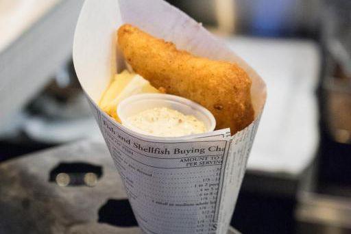Le nouveau Brit&Chips est situé en plein coeur... (PHOTO LUXY MÉDIA, FOURNIE PAR BRIT&CHIPS)