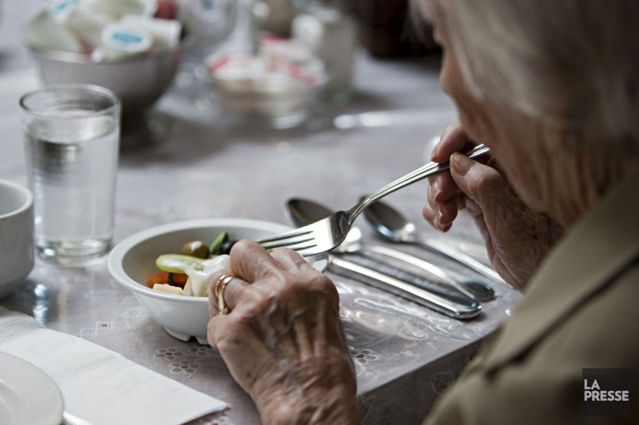 En 2015, le coût moyen d'un repas servi... (PHOTO FRANÇOIS ROY, ARCHIVES LA PRESSE)