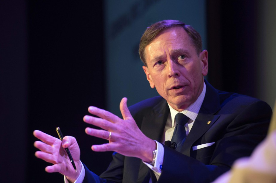 David Petraeus, ancien général qui a été en charge... (photo Bryan R. Smith, archives AFP)