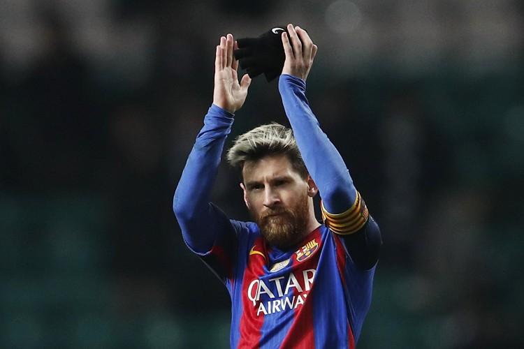 Le FC Barcelone a confirmé sa place au... (PHOTO REUTERS)