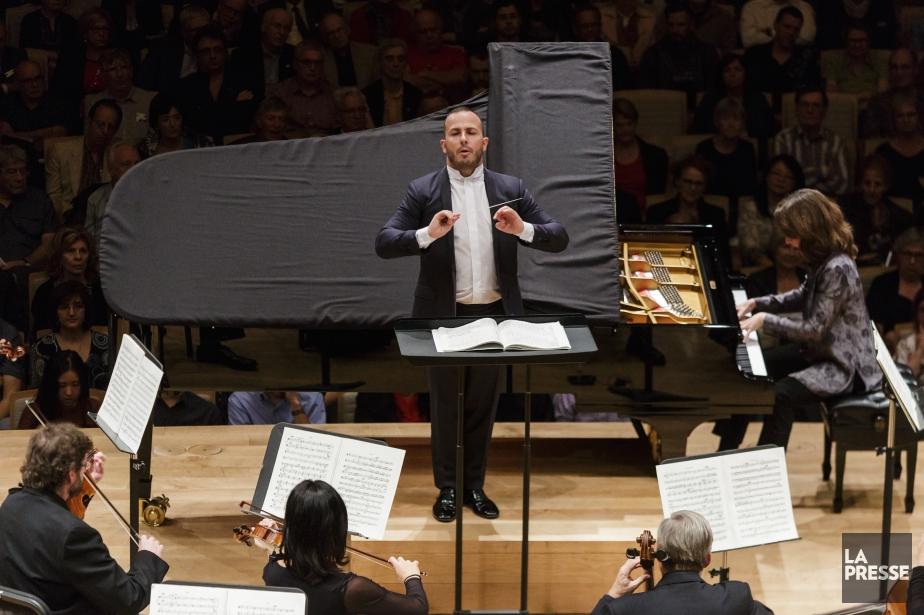 L'Orchestre Métropolitain et son chef Yannick Nézet-Séguin.... (Photo archives La Presse)