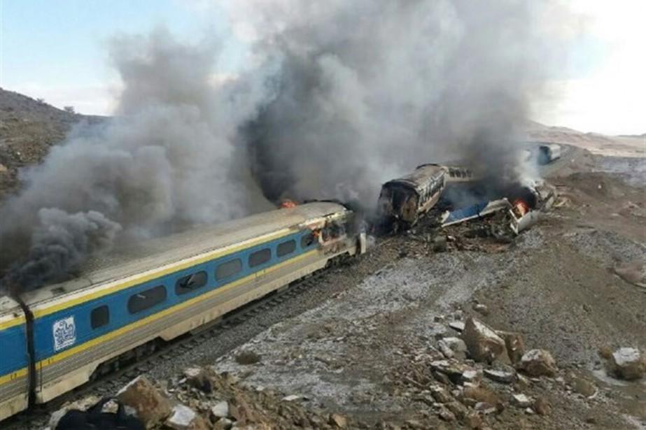 L'accident a eu lieu lorsqu'un train s'est arrêté... (photo TASNIM NEWS/AFP)