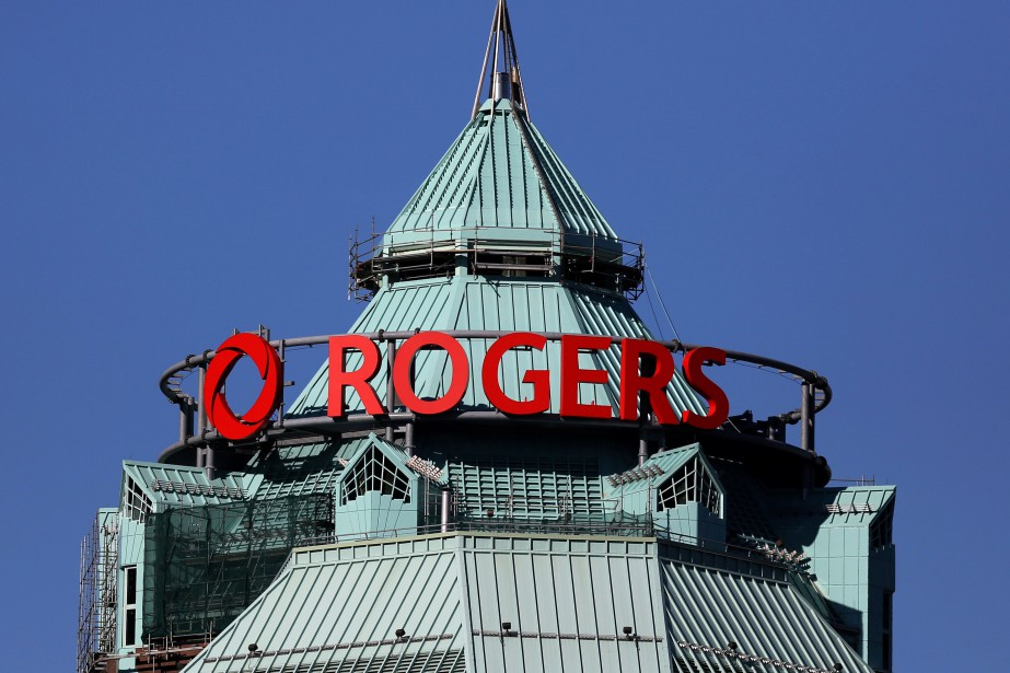 Rogers Communications a mis à pied 27... (Photo Chris Helgren, archives Reuters)