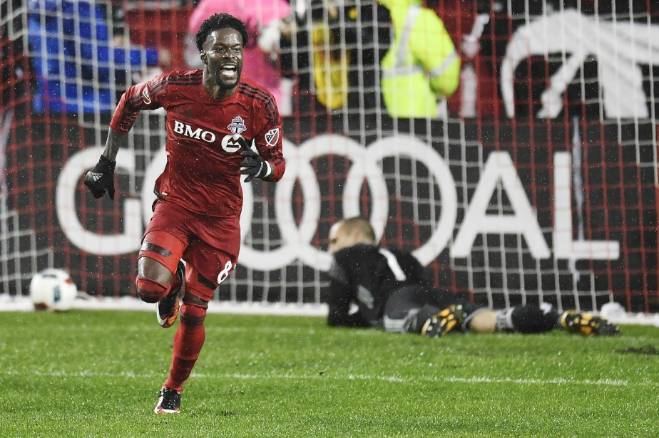 Tosaint Ricketts explose de joie après avoir compté en prolongation. (Photo Frank Gunn, La Presse canadienne)