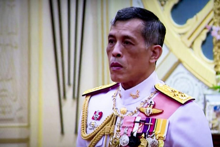 Le prince héritier Maha vajiralongkorn a été officiellement... (image AP)