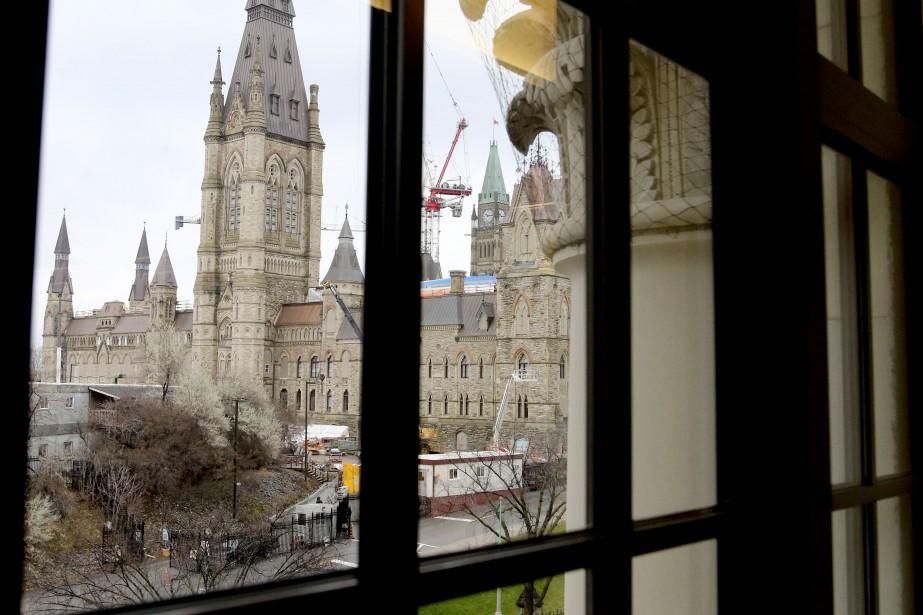 Les bureaux de la Chambre des communes sont à un jet de pierre des édifices du Parlement. (Patrick Woodbury, Le Droit)