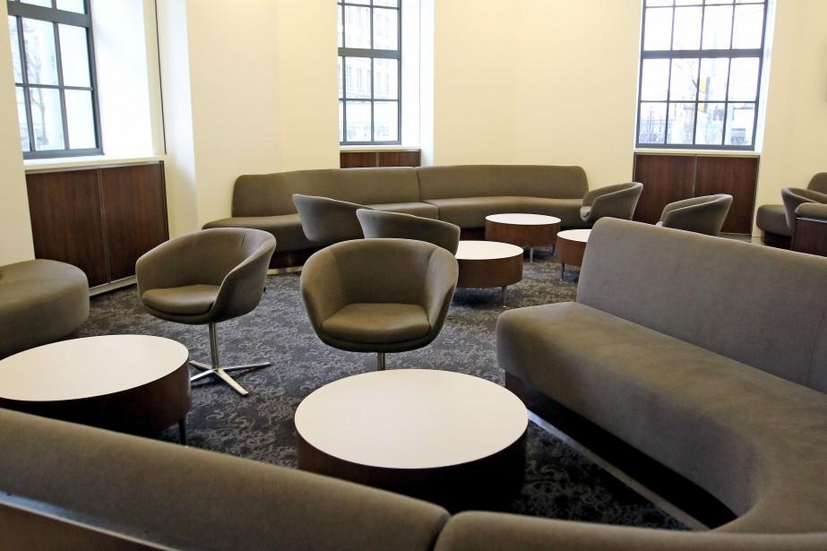 Lounge dans la cafétéria. (Patrick Woodbury, Le Droit)