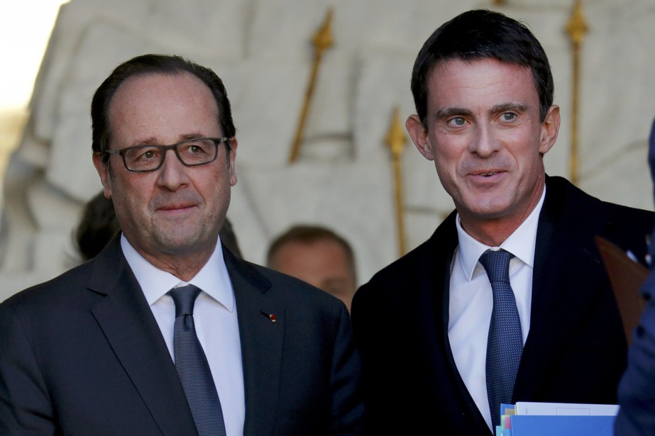 Le président français François Hollande aux côtés du... (Photo Philippe Wojazer, REUTERS)