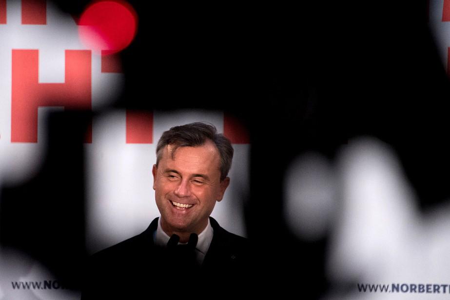 Une victoire de Norbert Hofer (photo) «serait un... (JOE KLAMAR, AFP)