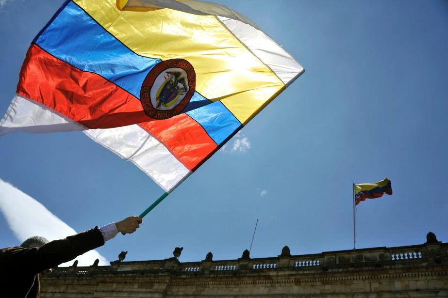 Le conflit armé colombien a impliqué depuis plus... (Photo AFP)