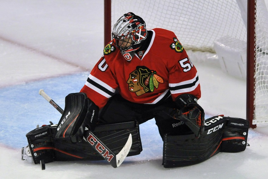 Corey Crawford... (PHOTO Paul Beaty, AP)