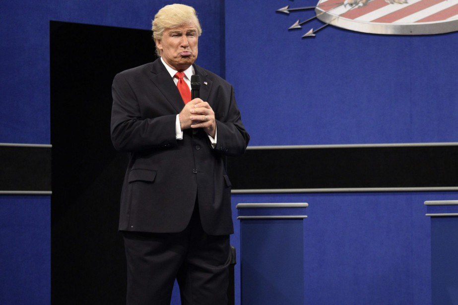 Alec Baldwin personnifiant Donald Trump à Saturday Night... (Photo Will Heath, archives NBC via AP)