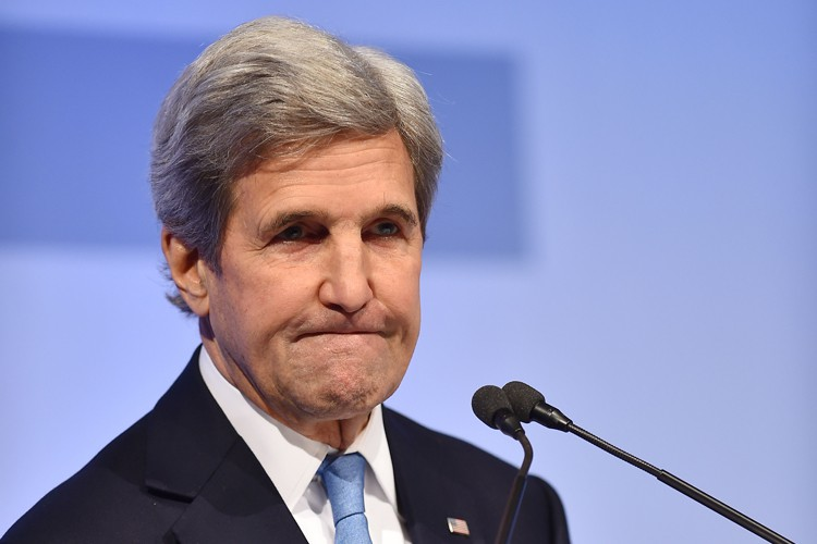 John Kerry... (PHOTO AFP)